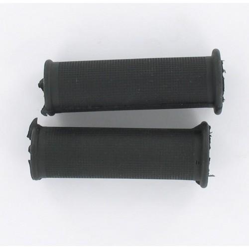 Paire de revêtements de poignées Noires Standard 100mm D22/25 Peugeot MBK